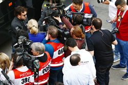 Fernando Alonso, McLaren, talks the media