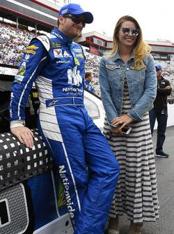 Dale Earnhardt Jr., Hendrick Motorsports Chevrolet, wife Amy