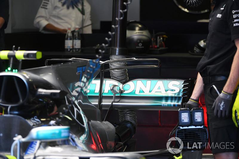 Mercedes-Benz F1 W08 Hybrid alerón trasero