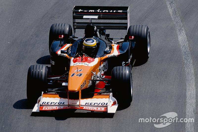 15. Педро де ла Роса (105 Гран При)