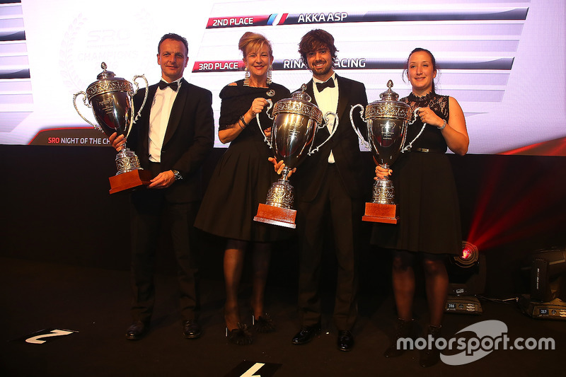 2016 Pro-AM Cup equipos, Kessel Racing, campeón AKKA ASP, segundo lugar, Rinaldi Racing, tercer luga
