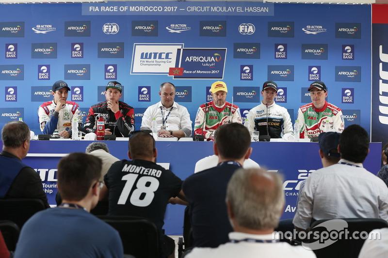 Mehdi Bennani, Sébastien Loeb Racing, Citroën C-Elysée WTCC; Rob Huff, All-Inkl Motorsport, Citroën
