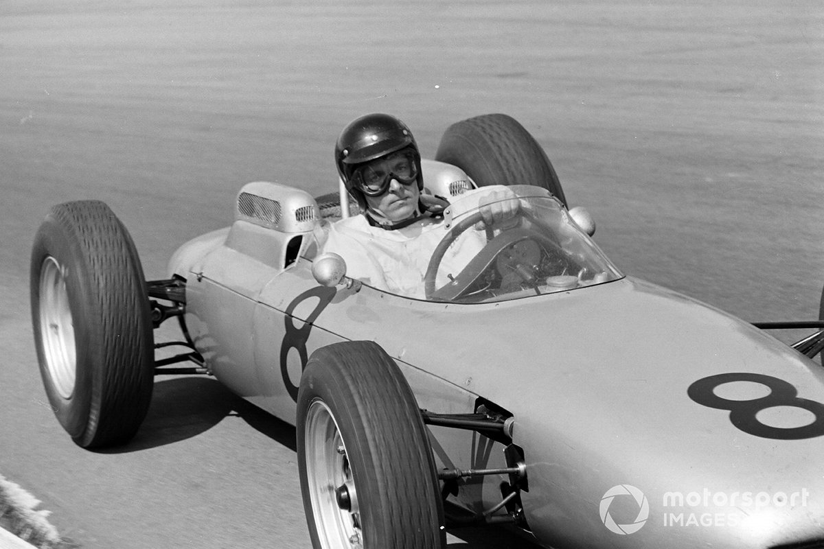Dan, driving the Porsche 804, suffered a disappointing British GP in 1962, especially coming right after his victories in the French GP and the non-championship Solitude GP. However, at the following race around the Nurburgring, he wheeled the car to pole and finished third.