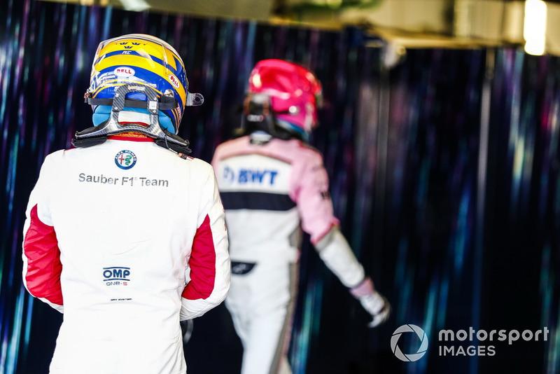 Marcus Ericsson, Sauber, follows Esteban Ocon, Racing Point Force India