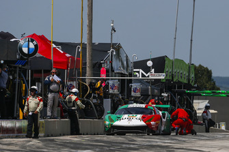 #51 Squadra Corse Garage Italia Ferrari 488 GT3, GTD - Francesco Piovanetti, Oswaldo Negri Jr., Pit Stop