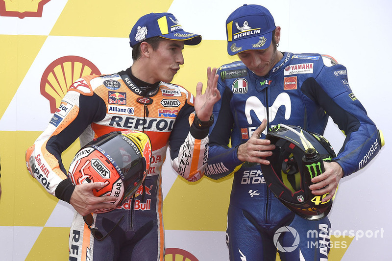 Володар поул-позиції Марк Маркес, Repsol Honda Team, третє місце Валентино Россі, Yamaha Factory Racing
