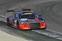 #44 Audi Sport Team Magnus Audi R8: Pierre Kaffer, Kelvin van der Linde, Markus Winkelhock
