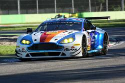 #99 Beechdean AMR, Aston Martin V8 Vantage: Ендрю Ховард, Росс Ганн, Даррен Тьорнер