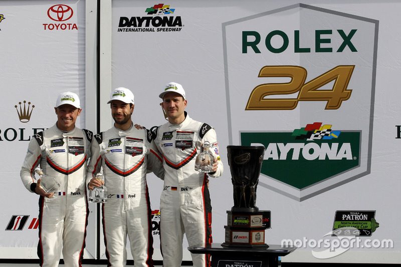 Ganador GTLM: #911 Porsche Team North America Porsche 911 RSR: Patrick Pilet, Dirk Werner, Frédéric Makowiecki