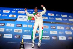 Подиум: Тьягу Монтейру, Honda Racing Team JAS