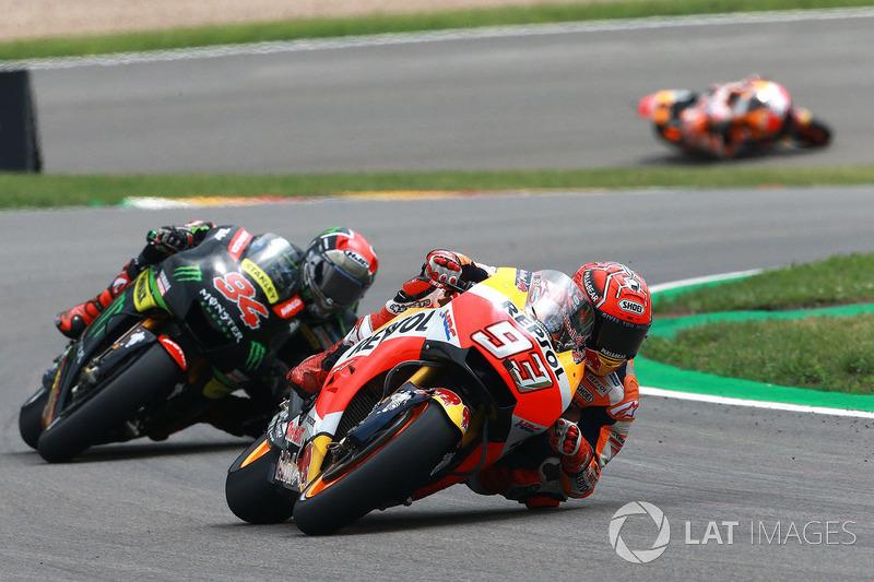 "<img src=""http://cdn-1.motorsport.com/static/custom/car-thumbs/MOTOGP_2017/RIDERS_NUMBERS/Marquez.png"" width=""50"" /> #31 GP d'Allemagne 2017"