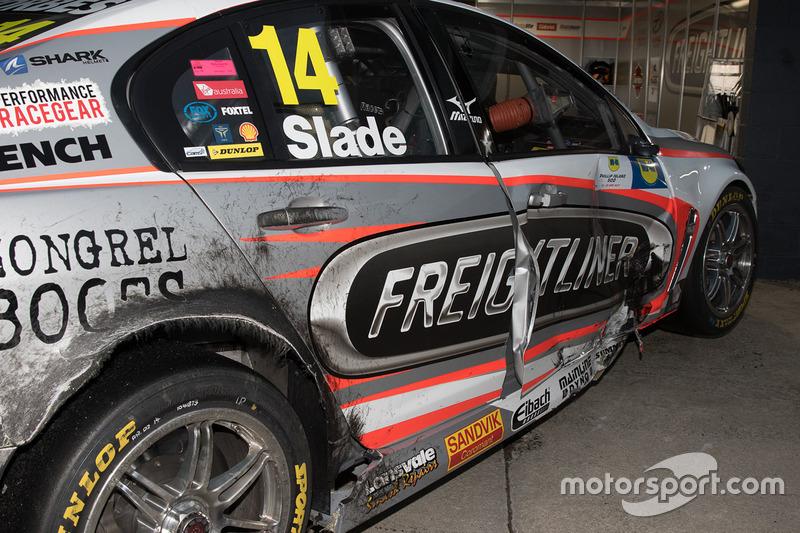 Damaged car of Tim Slade, Brad Jones Racing Holden