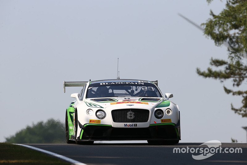 #8 Bentley Team M-Sport, Bentley Continental GT3: Andy Soucek, Maxime Soulet