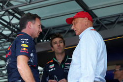 Christian Horner, Red Bull Racing Team Principal and Niki Lauda, Mercedes AMG F1 Non-Executive Chairman