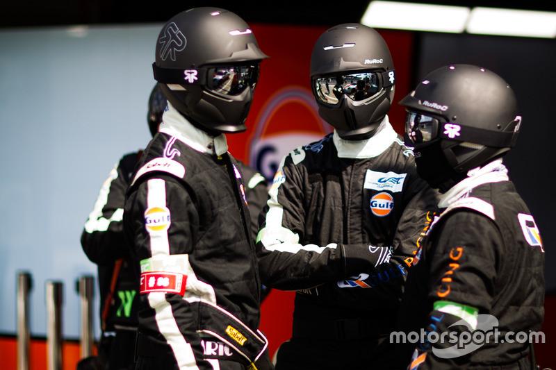 Miembros del equipo Gulf Racing