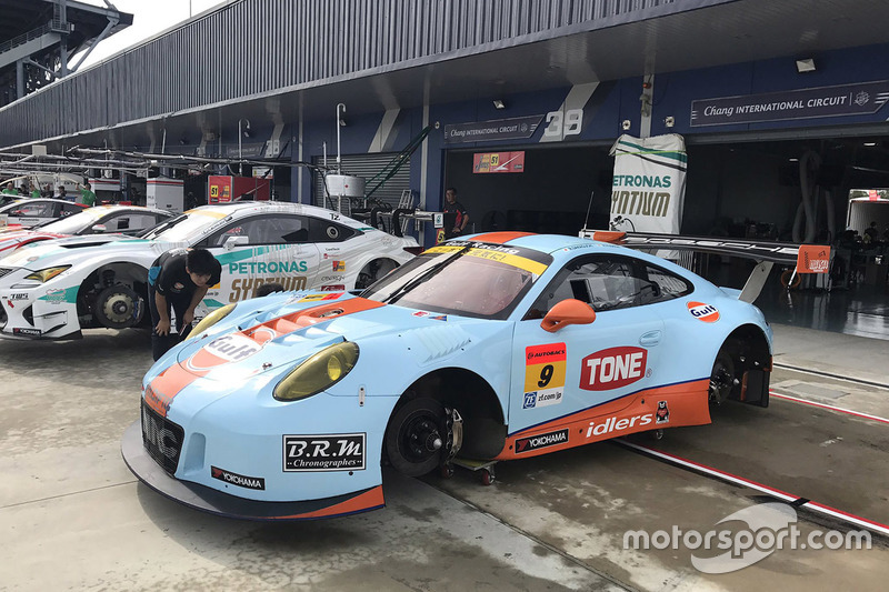 #9 Gulf Racing with Pacific, Porsche 911