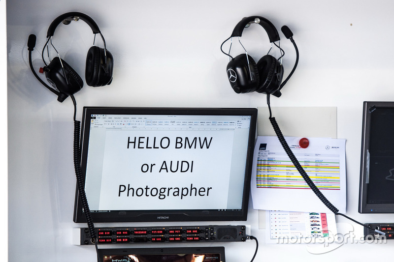 Welcome from Mercedes to the photographers