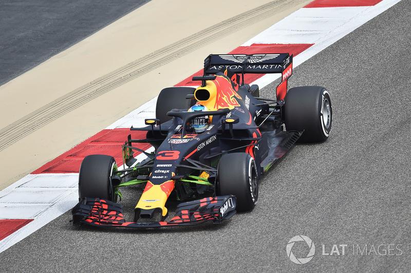 Daniel Ricciardo, Red Bull Racing RB14 avec de la peinture aérodynamique