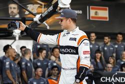 Stoffel Vandoorne, McLaren, at the McLaren team photo call