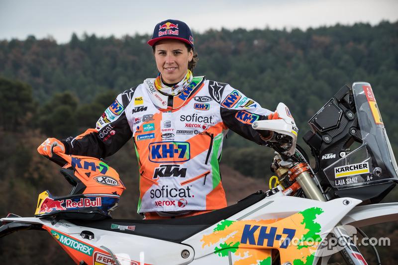 Лая Санс, KH-7 Rally Team