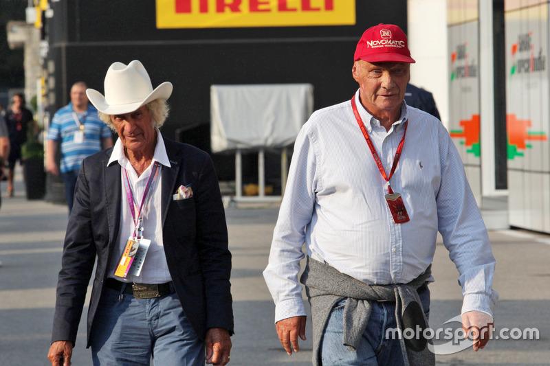 (Da sx a dx): Arturo Merzario con Niki Lauda, Presidente non-esecutivo Mercedes