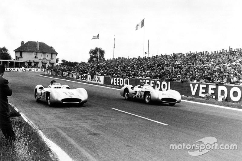 Karl Kling et Juan Manuel Fangio, Mercedes-Benz W 196 R