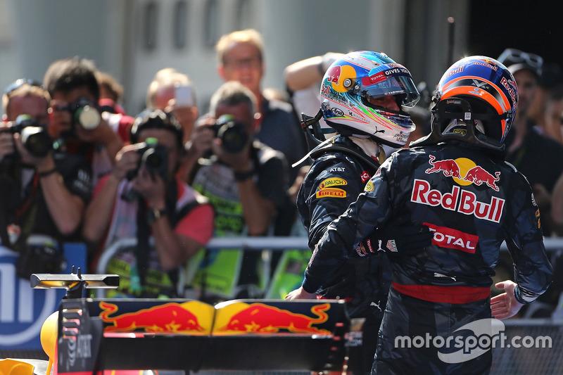 Race winner Daniel Ricciardo, Red Bull Racing and second place Max Verstappen, Red Bull Racing