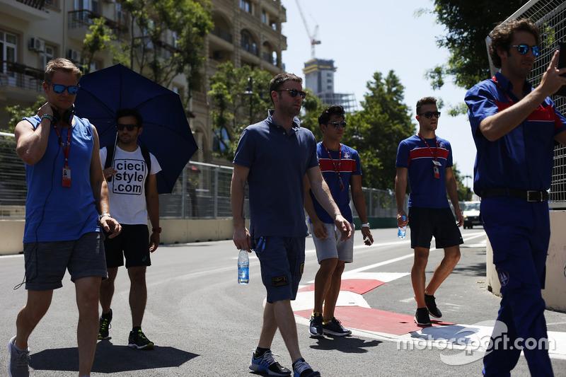 Philo Paz Armand, Trident & Luca Ghiotto, Trident camina la pista