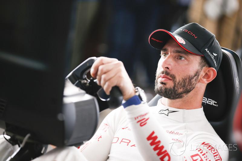 Jose Maria Lopez, Dragon Racing, en la eRace,