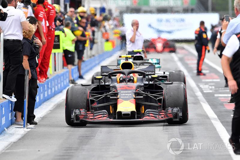 Max Verstappen, Red Bull Racing RB14, llega a parc ferme
