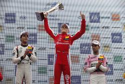 Podium: Race winner Ralf Aron, PREMA Theodore Racing Dallara F317 - Mercedes-Benz, second place Enaam Ahmed, Hitech Bullfrog GP Dallara F317 - Mercedes-Benz, third place Jehan Daruvala, Carlin Dallara F317 - Volkswagen