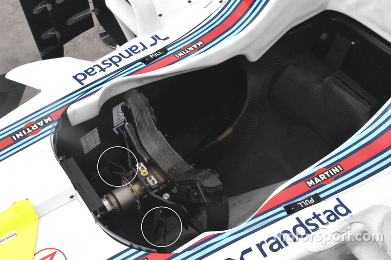 Williams FW40 steering wheel detail