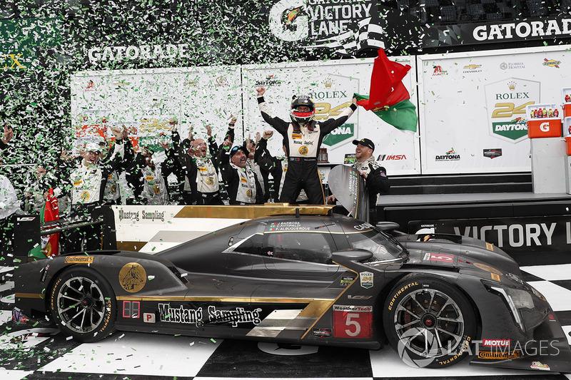 Il vincitore #5 Action Express Racing Cadillac DPi, P: Filipe Albuquerque