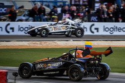 Juan Pablo Montoya and Ryan Hunter-Reay driving the Ariel Atom Cup