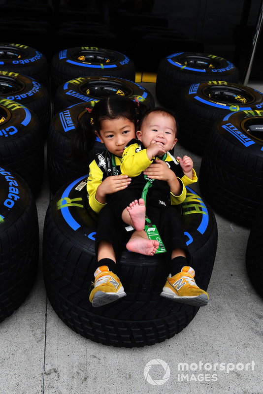 Young Renault Sport F1 Team fans and Pirelli tyre