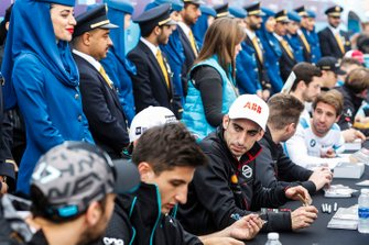 Sébastien Buemi, Nissan e.Dams at the autograph session