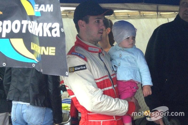 Дмитро Гайдамаченко з донькою в день гонки