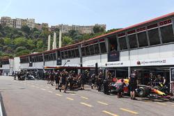 Max Verstappen, Red Bull Racing RB13 y Daniel Ricciardo, Red Bull Racing RB13