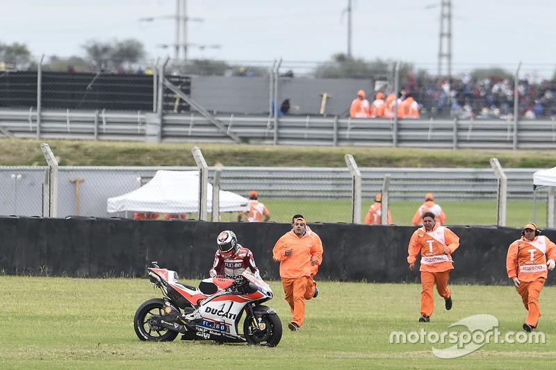 Jorge Lorenzo, 6 kali kecelakaan
