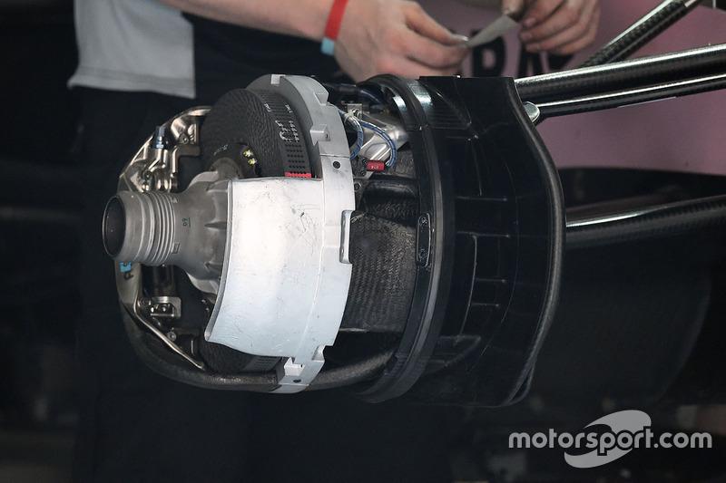 印度力量VJM10赛车前轮细节图