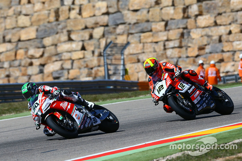 Eugene Laverty, Milwaukee Aprilia World Superbike Team, Xavi Forés, Barni Racing Team