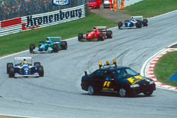 Ayrton Senna, Williams FW16 dietro alla safety car
