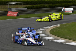 Helio Castroneves, Team Penske Chevrolet, Helio Castroneves, Team Penske Chevrolet, Simon Pagenaud, Team Penske Chevrolet