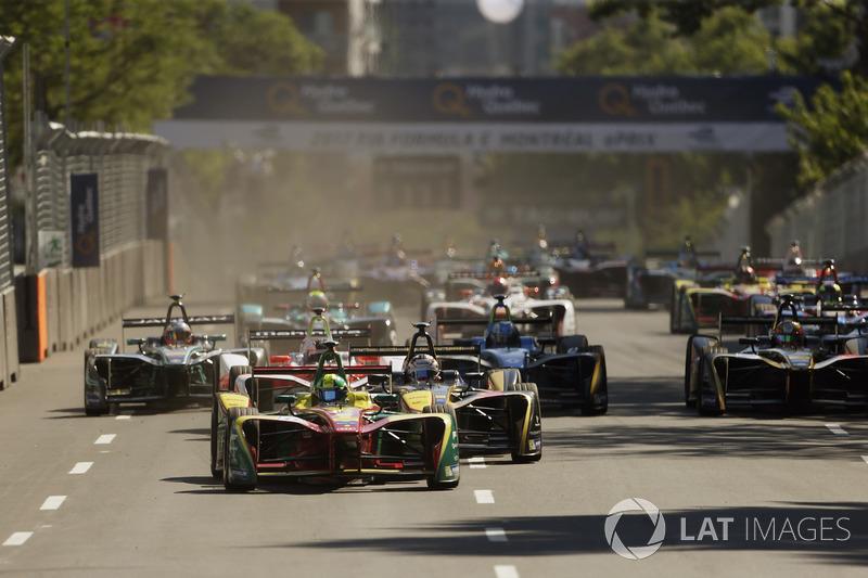 Старт гонки: лидирует Лукас ди Грасси, ABT Schaeffler Audi Sport