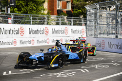 Sébastien Buemi, Renault e.Dams, leads Daniel Abt, ABT Schaeffler Audi Sport