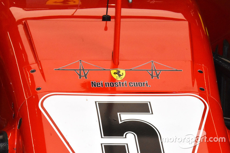 "Ferrari SF71H with the emblem of Genoa's collapsed bridge and the message ""In our hearts"""