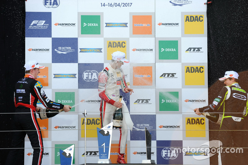 Podium: Race winner Callum Ilott, Prema Powerteam, Dallara F317 - Mercedes-Benz, second place Joel Eriksson, Motopark, Dallara F317 - Volkswagen, third place Lando Norris, Carlin, Dallara F317 – Volkswagen