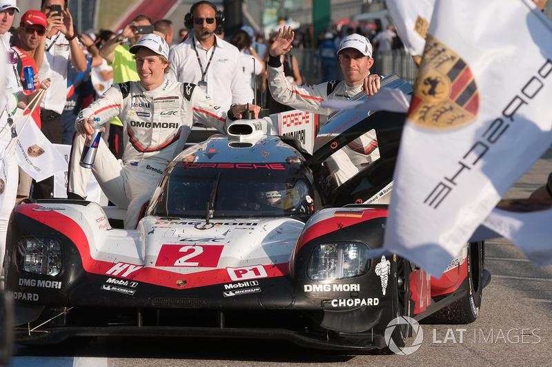 Победители, экипаж №2 команды Porsche Team, Porsche 919 Hybrid: Брендон Хартли, Эрл Бамбер, Тимо Бернхард
