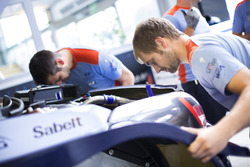 Mechanics of Hyundai Motorsport
