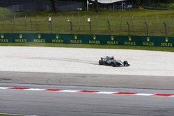 Fahrfehler: Lewis Hamilton, Mercedes AMG F1 W08